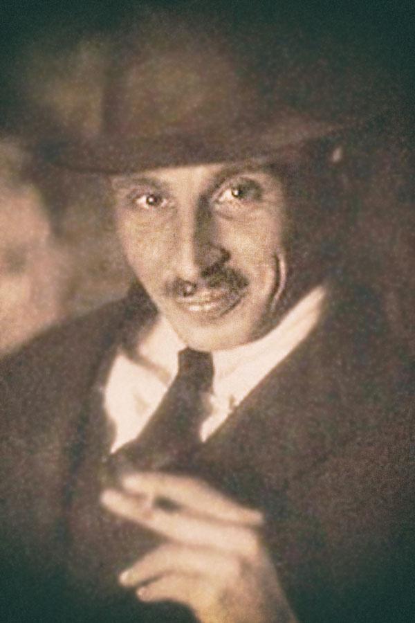 Ахманов, Александр Сергеевич (1897-1958).